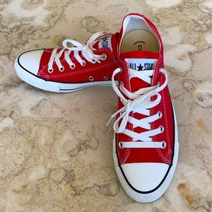 Converse (RED) Sneakers